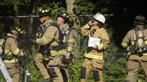 Racine firefighters snuff out two garage fires