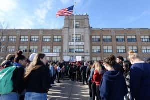 students walkout over gun violence